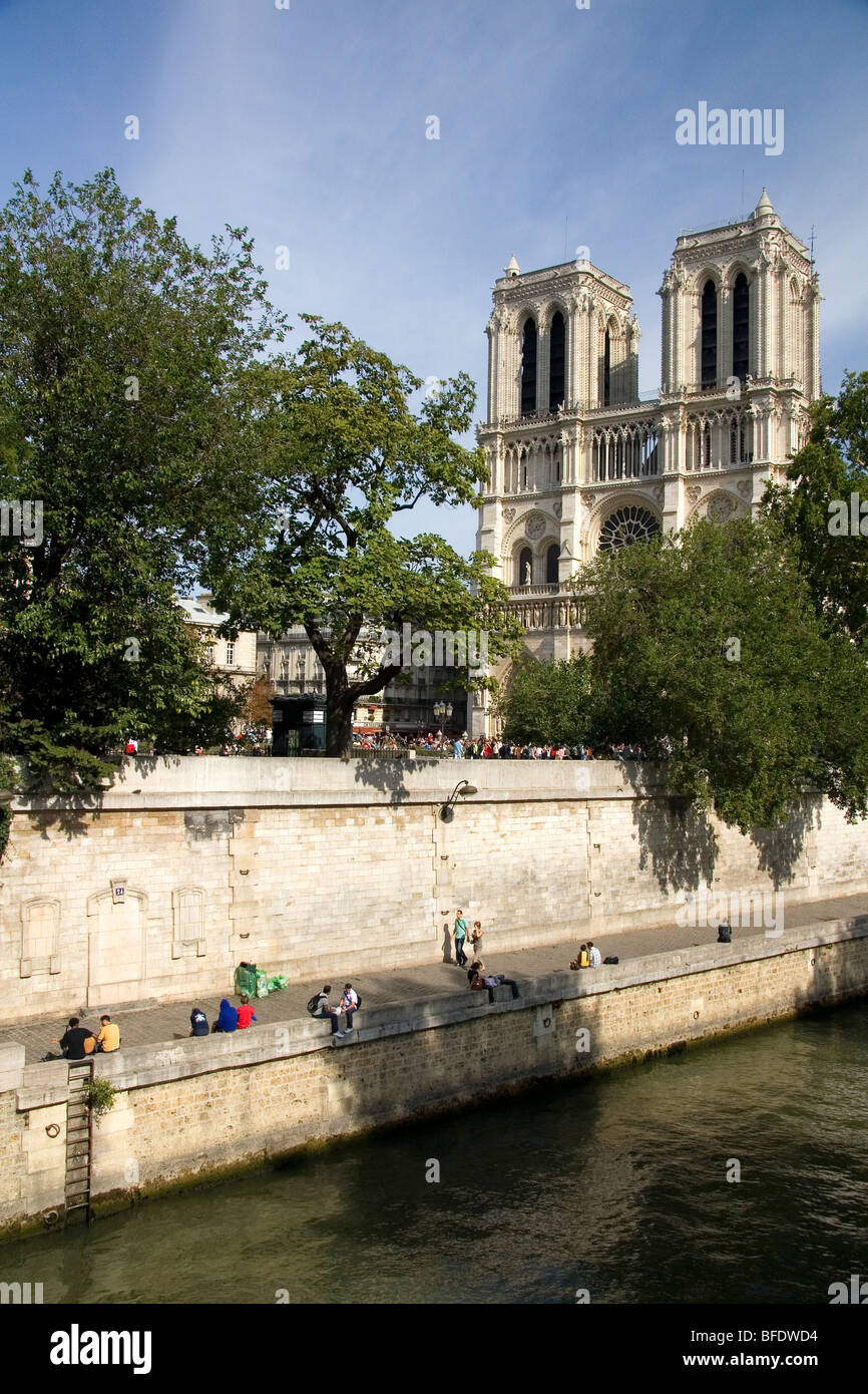 la sorbonne faaade catac nord de la. The Western Facade Of Notre Dame De Paris Along River Seine In Paris, La Sorbonne Faaade Catac Nord R