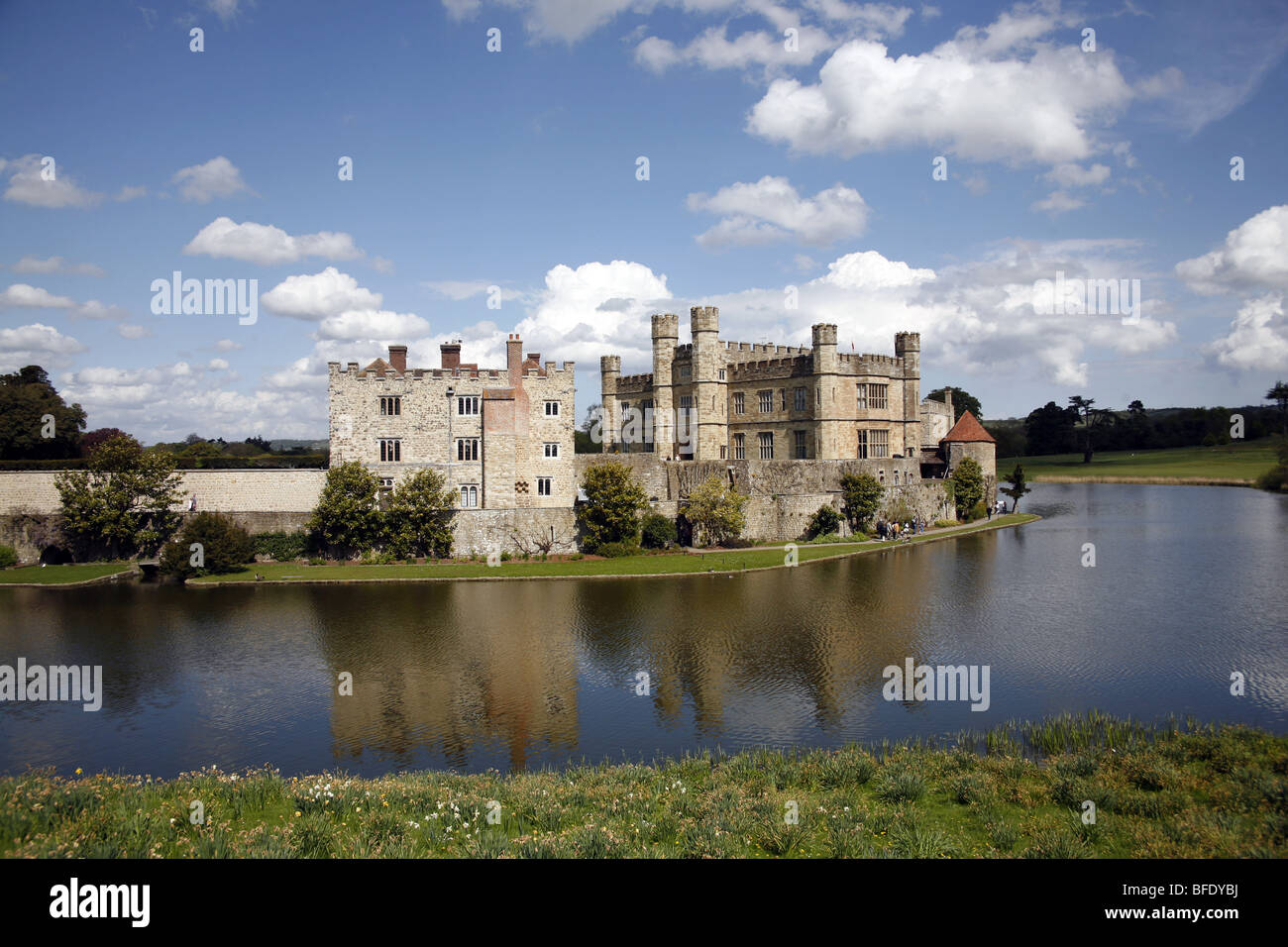 Leeds Castle and moat, Kent, England - Stock Image