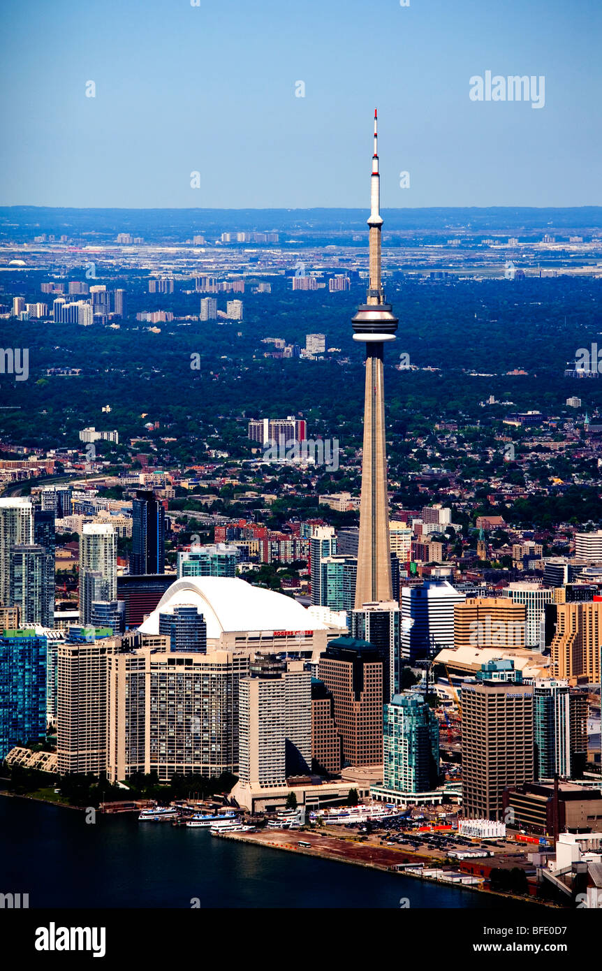 CN Tower and Rogers Centre in downtown Toronto, Ontario, Canada - Stock Image