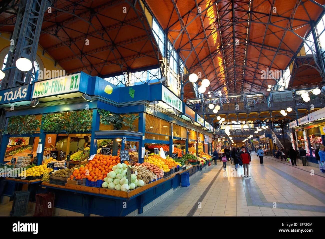 Central Market ( Nagycsarnok ) Budapest, Hungary - Stock Image