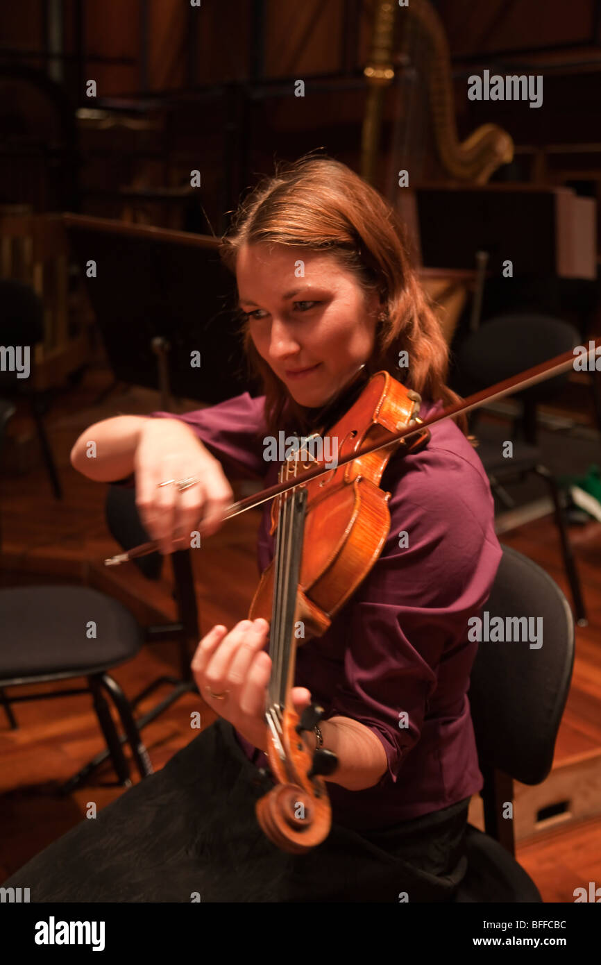 violinist violin player musician - Stock Image