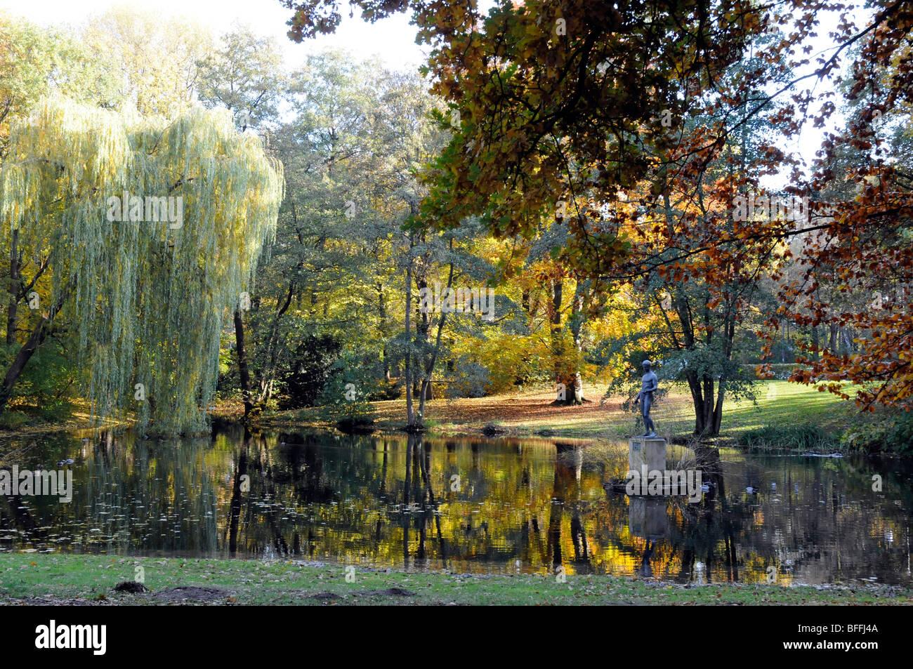 Lake in the Tiergarten park, Berlin. - Stock Image