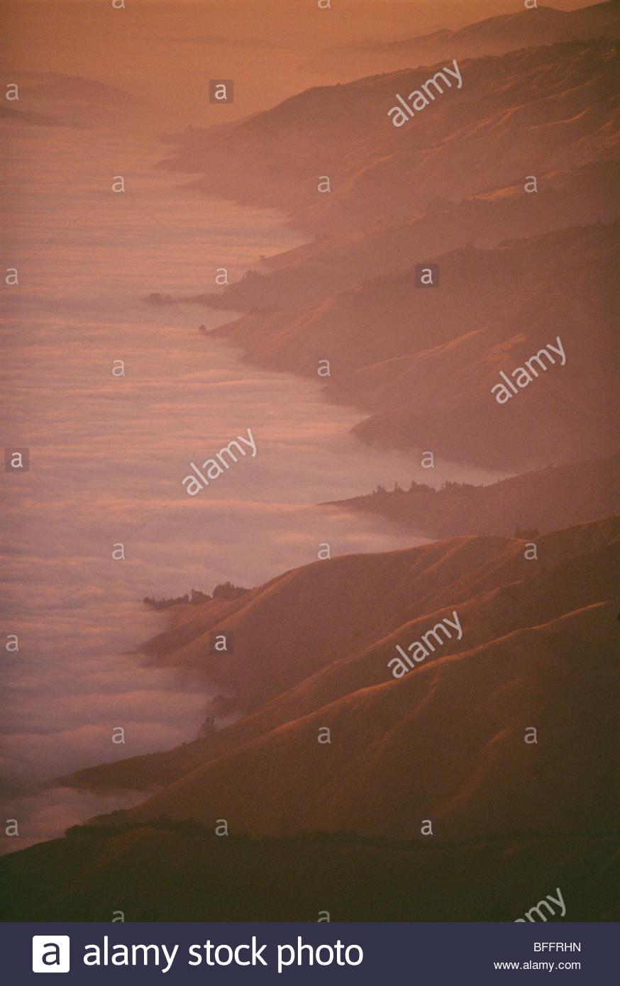 Evening fog and headlands (aerial), Big Sur, California - Stock Image