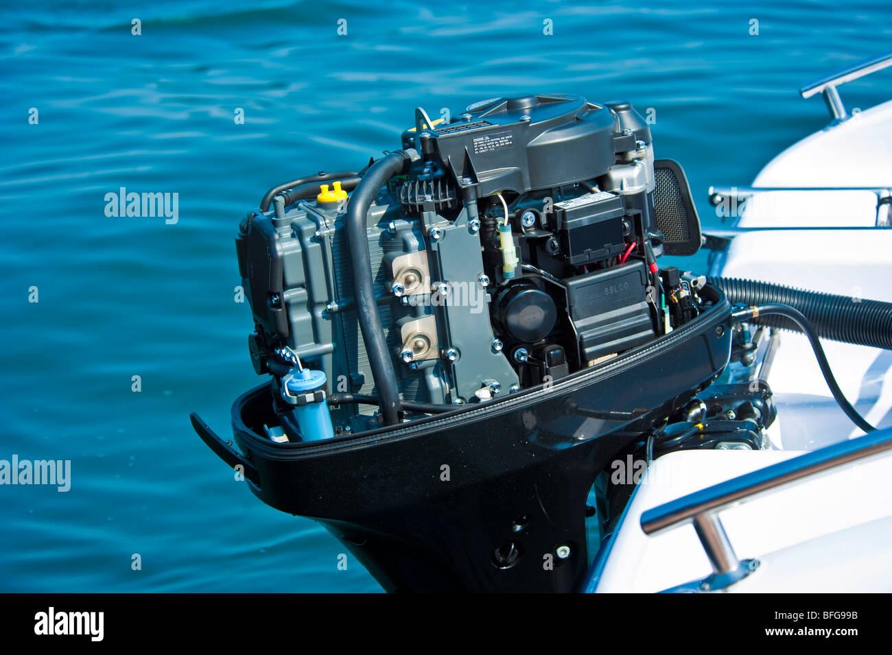 Suzuki Df  Engine Cover