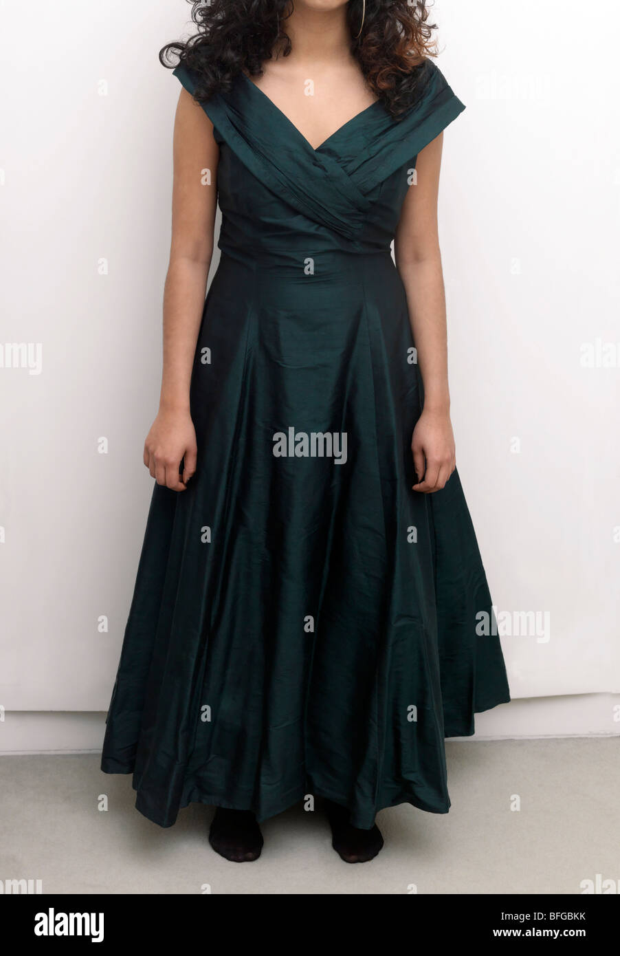 Green Silk Full Length Evening Gown Dress Stock Photos & Green Silk ...