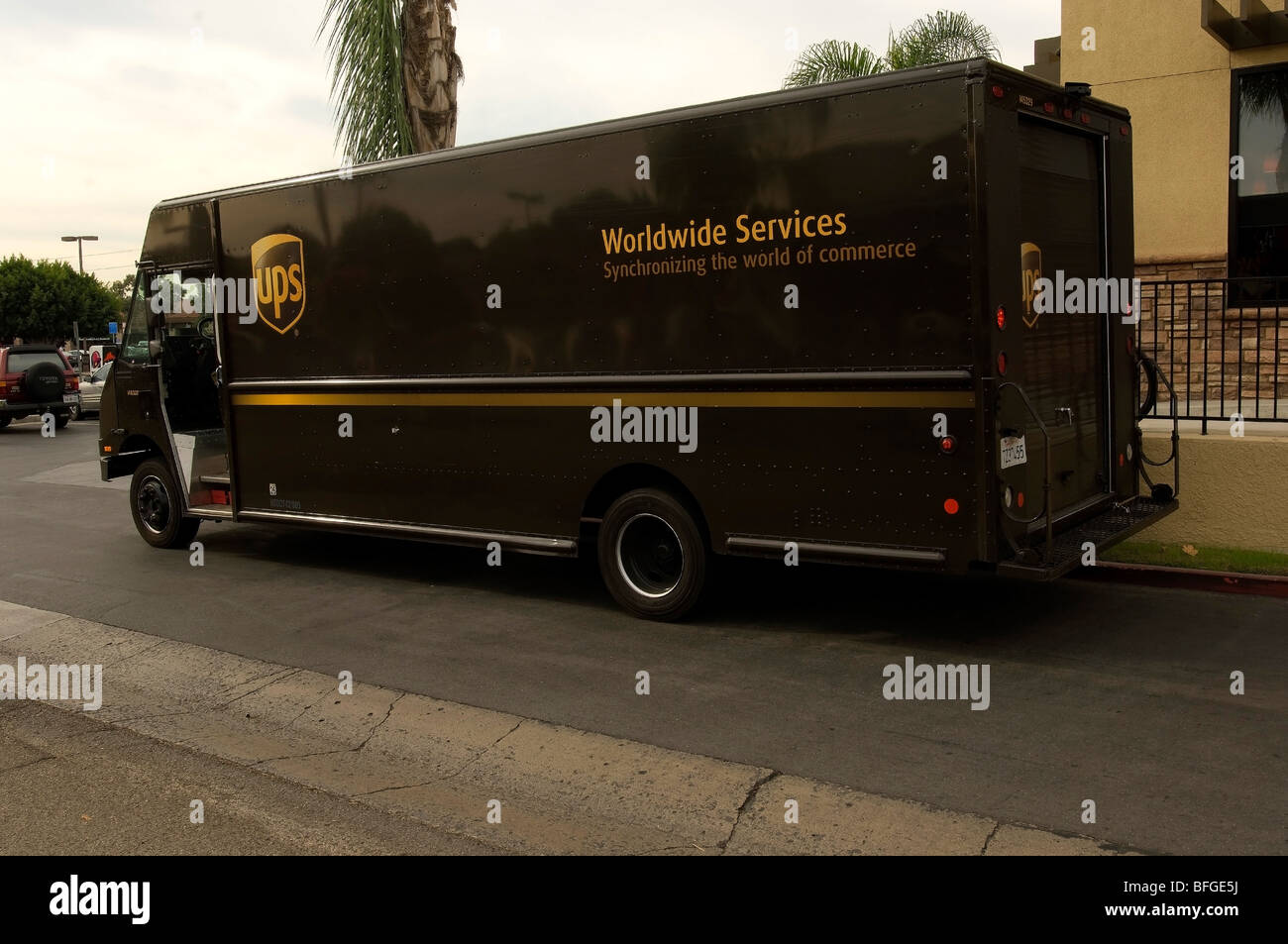 Ups Truck Stock Photos & Ups Truck Stock Images - Alamy