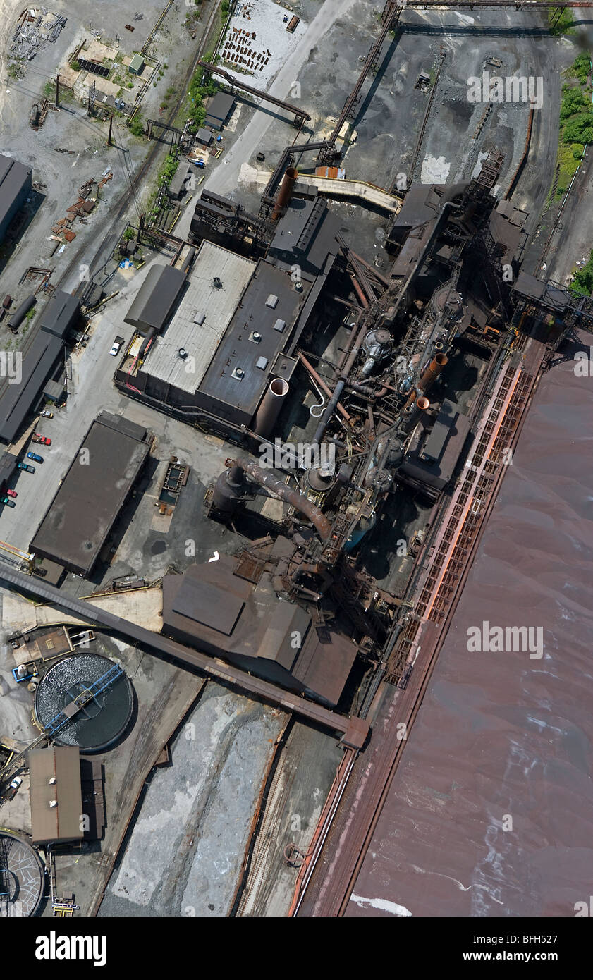 aerial view above Cleveland Ohio industrial area steel mill - Stock Image