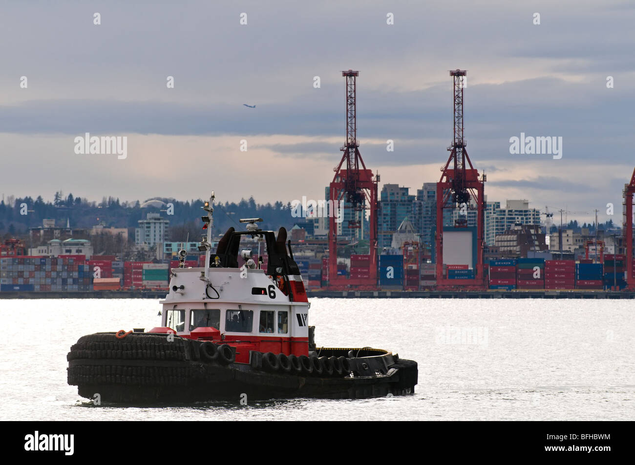 A tugboat in Vancouver BC's harbour. - Stock Image