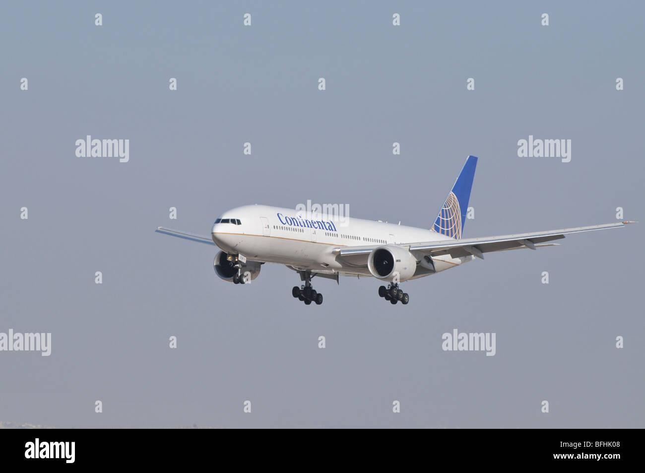 Israel, Ben-Gurion international Airport Continental Airlines Boeing landing - Stock Image