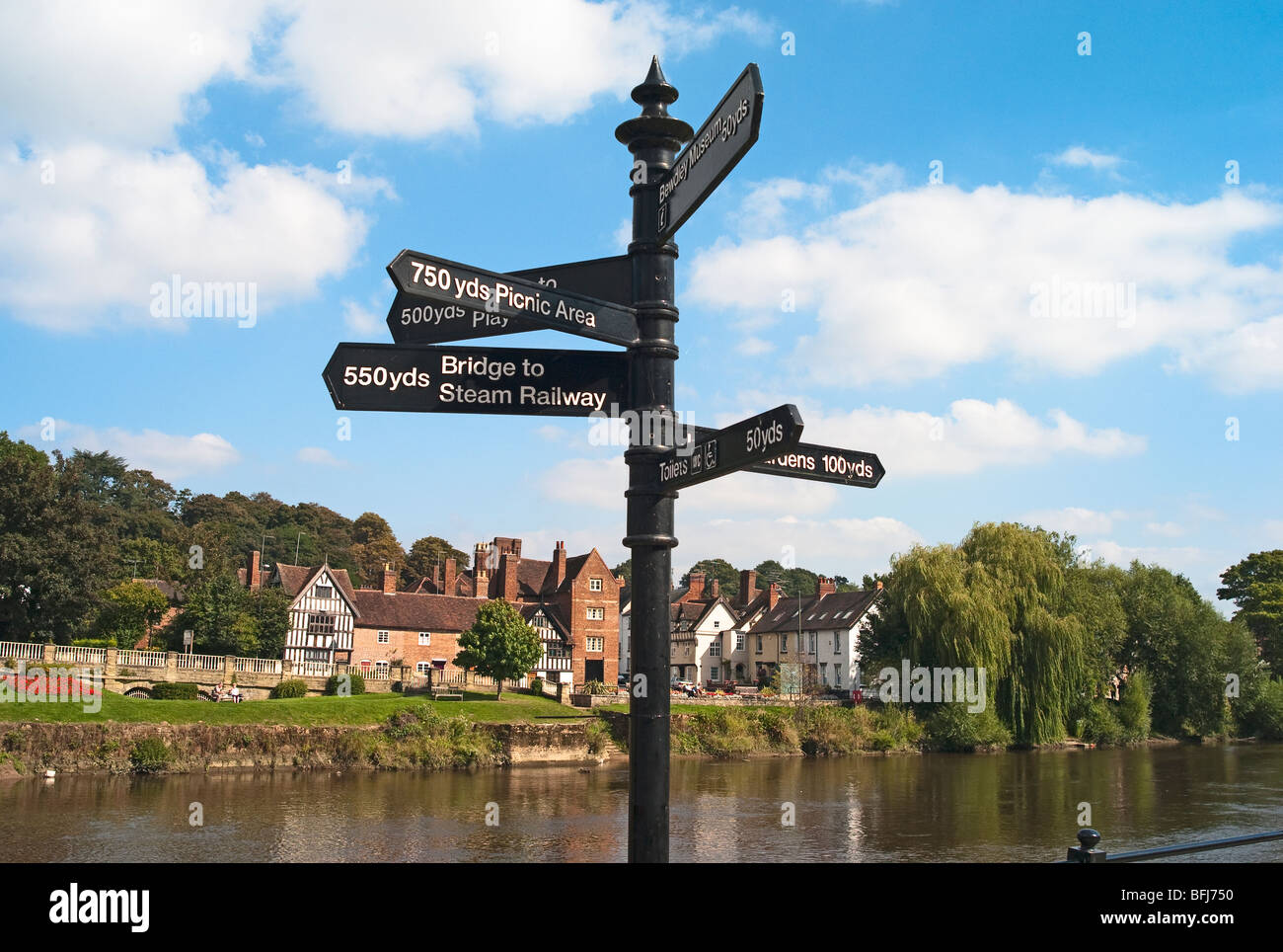 Tourism signpost in Bewdley Worcestershire England UK EU - Stock Image