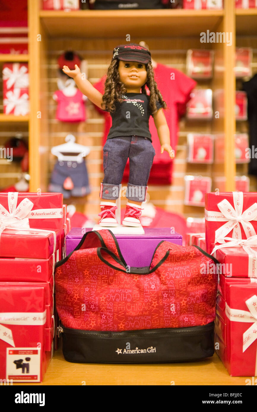132104e8e7b New York City The Big Apple American Girl shop store Place Doll in pink  trainers jeans t shirt   matching cap hat no one nobody no people