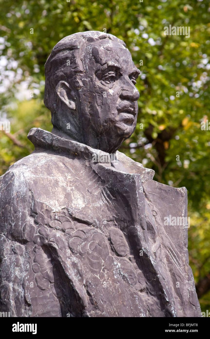 Sculpture in Baltimore Thurgood Marshall by Reuben Kramer- Garmatz Federal Courthouse- Pratt & Hopkins Pl - Stock Image