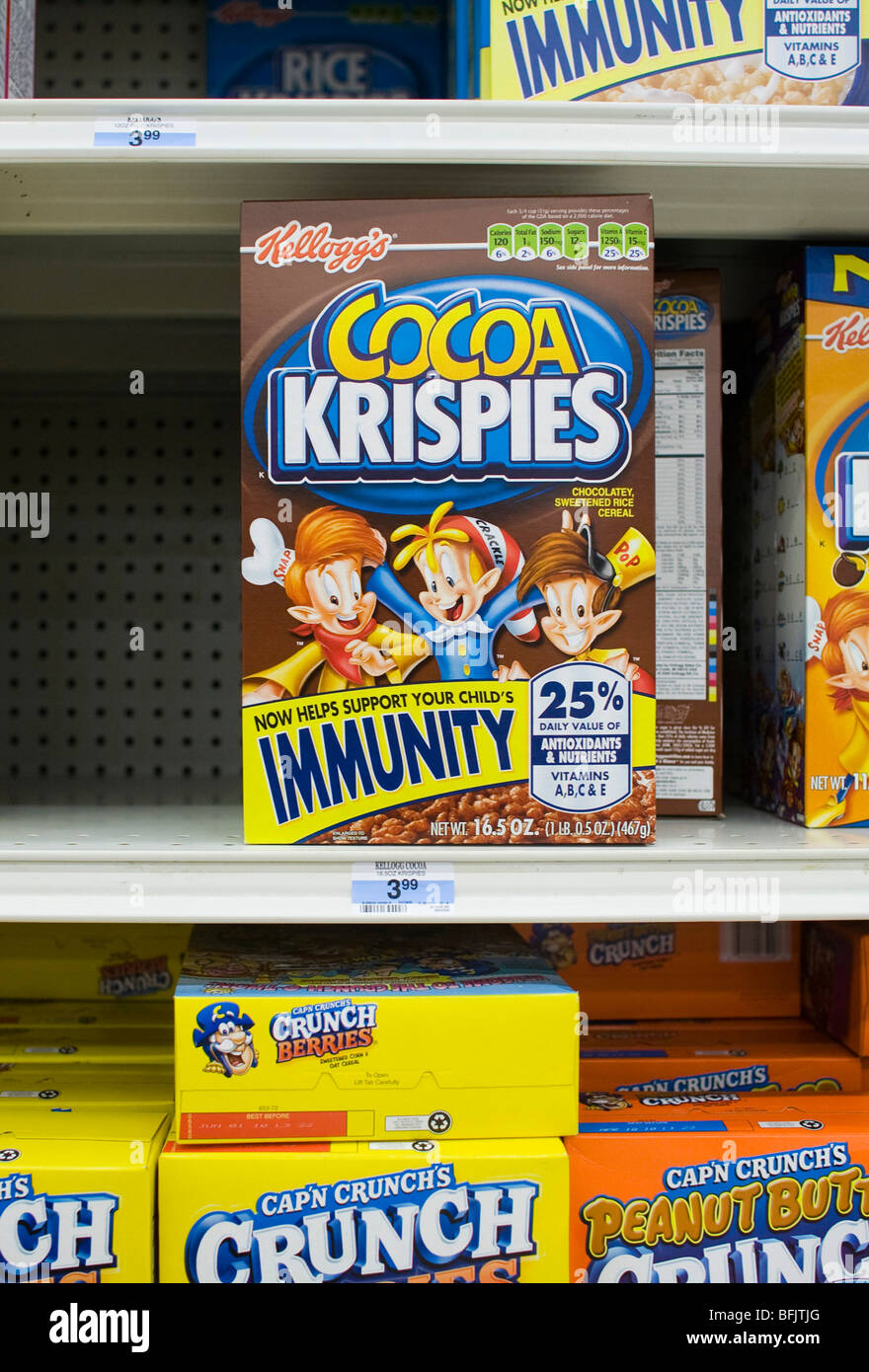 3 November 2009 – Frederick, Maryland – A Kellogg's Rice Krispies Treat cereal box with labeling claiming that the - Stock Image