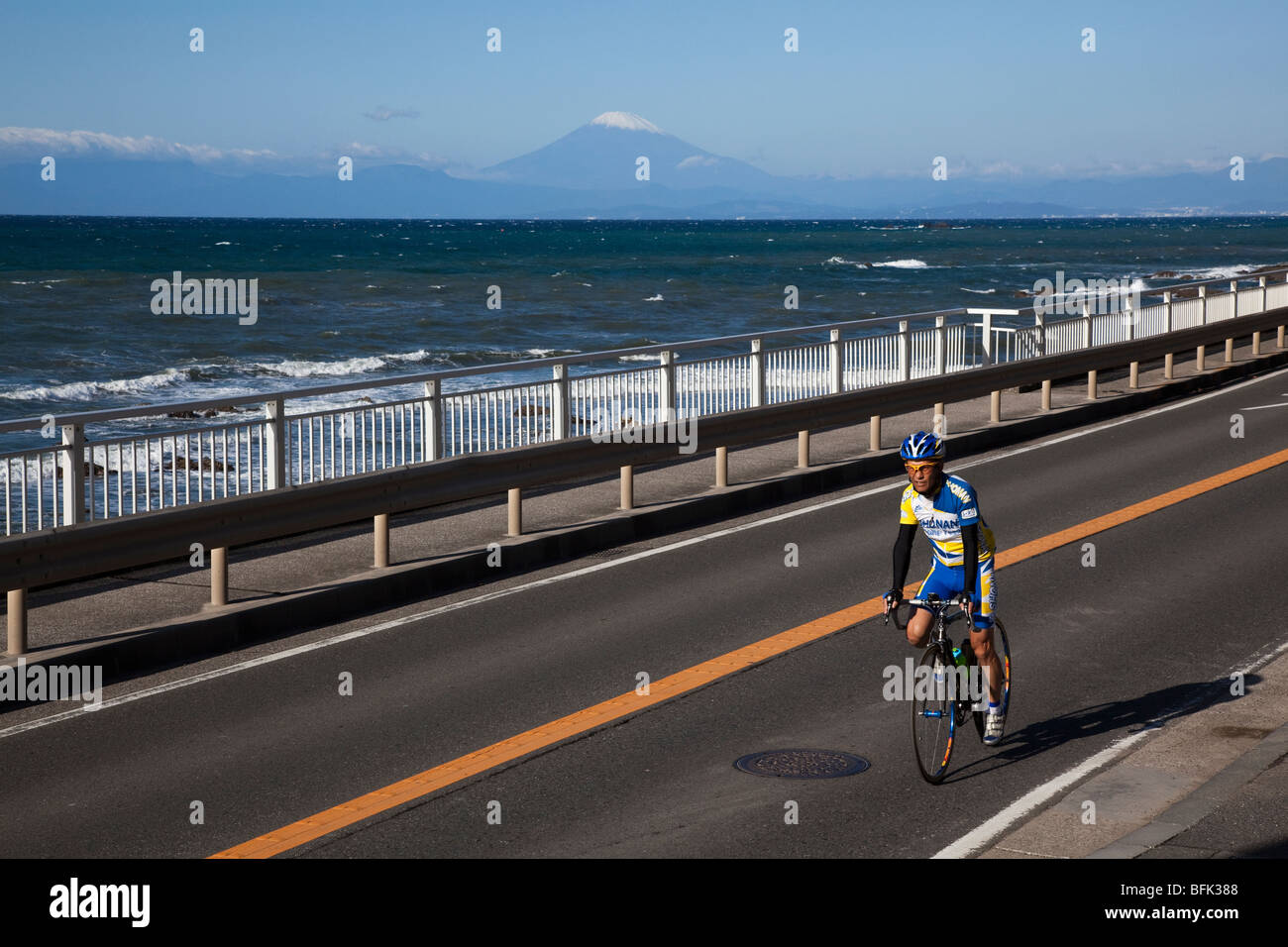Japanese Cyclist, Shonan Coast - Stock Image