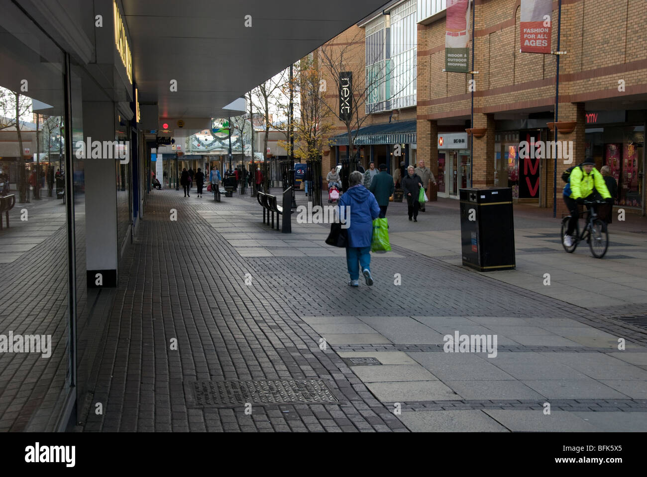 Grange Road Birkenhead in Merseyside showing the Pyramids Shopping Centre - Stock Image