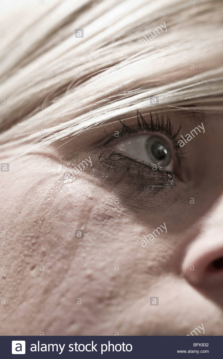 Young woman crying - Stock Image