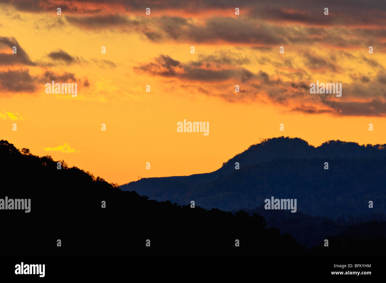 Sunset Over Pine Mountain from State Line Overlook in Breaks Interstate Park in Virginia - Stock Image