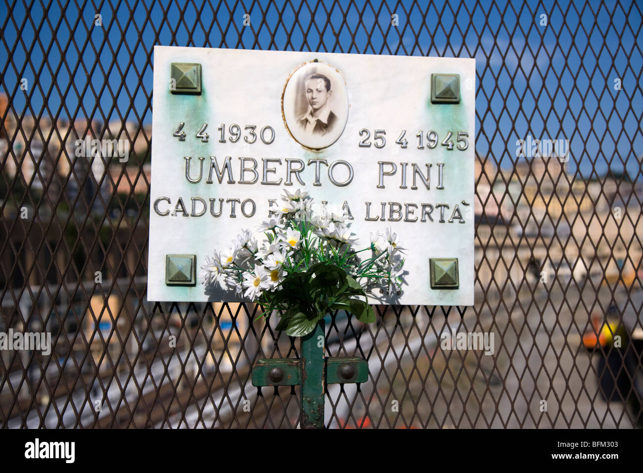 Memorial plaque to a partisan killed in world war 2, Genoa, Italy - Stock Image