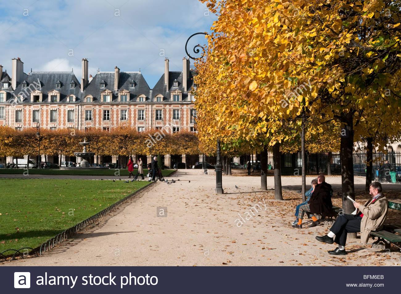 The Place des Vosges, Le Marais, Paris, France - Stock Image