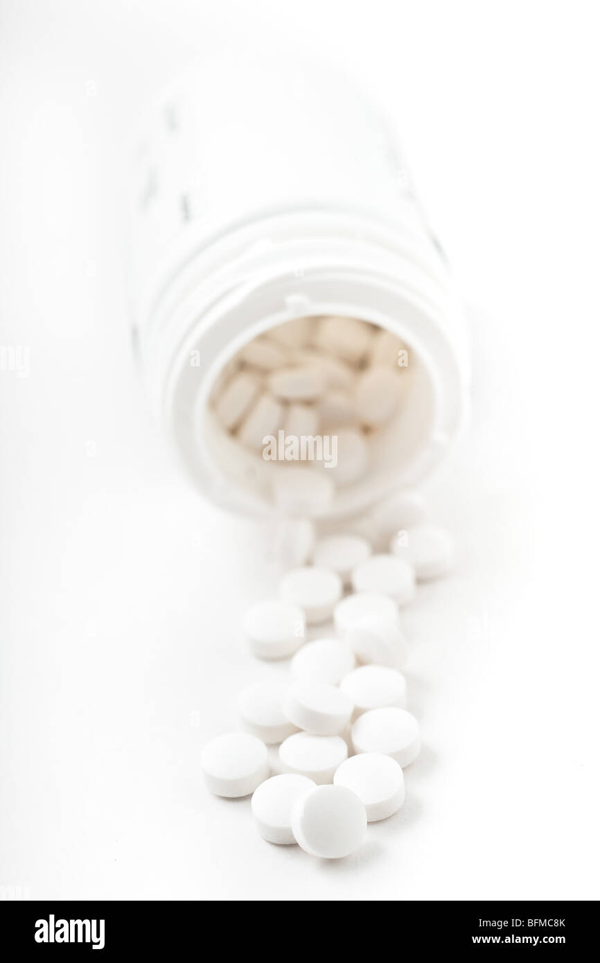Can Of Pills Stock Photos & Can Of Pills Stock Images - Alamy