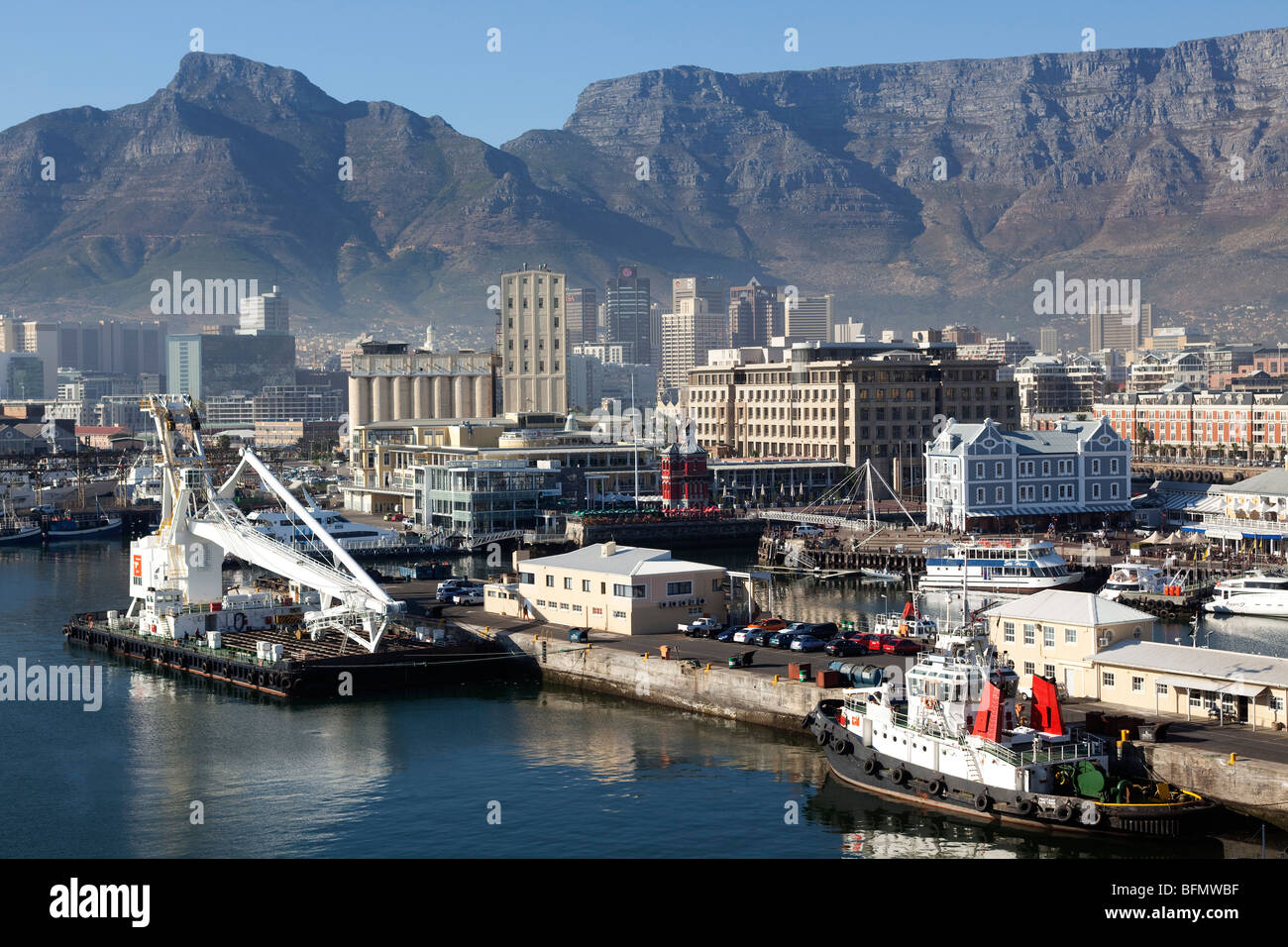 South Africa, Western Cape, Cape Town. The view looking across the Waterfront towards the Cape Grace Hotel and the - Stock Image