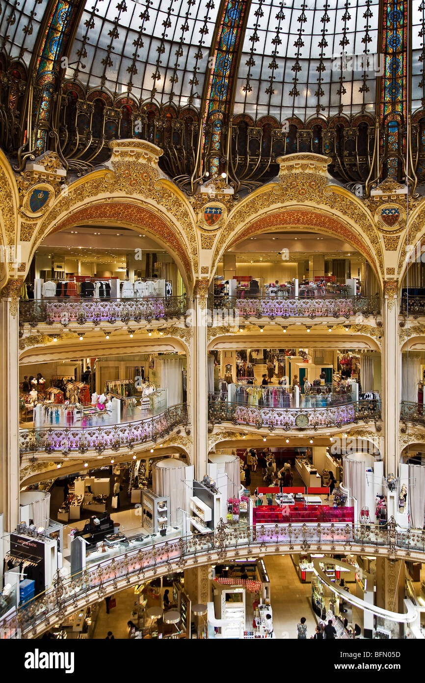 France, Ile De France, Paris, main atrium in the Gallery Lafayettes shop. Stock Photo