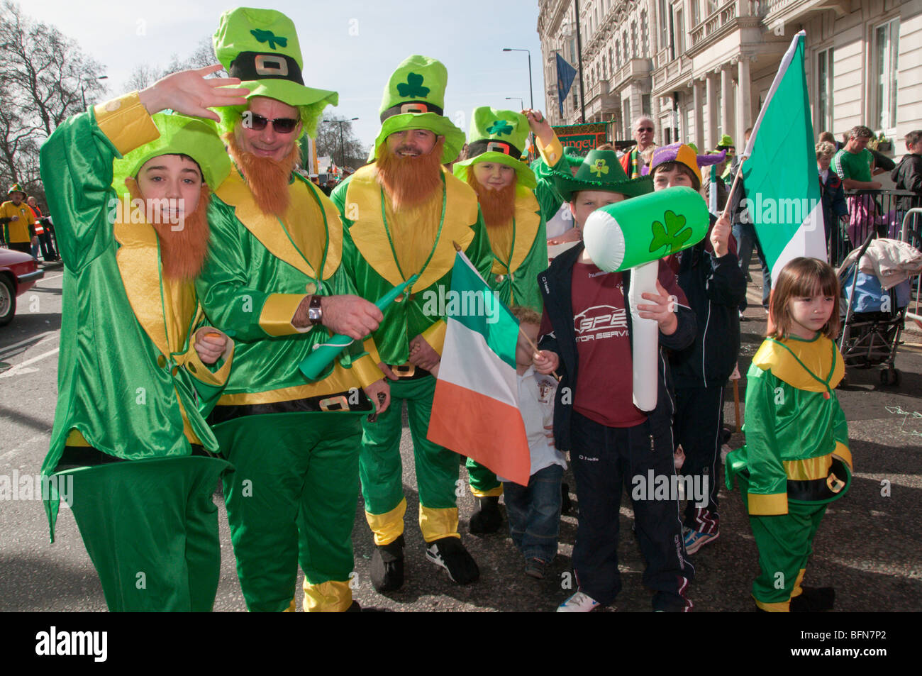 People in green costumes with Irish flag and shamrock hats  sc 1 st  Alamy & London St Patricku0027s Day Parade. People in green costumes with Irish ...