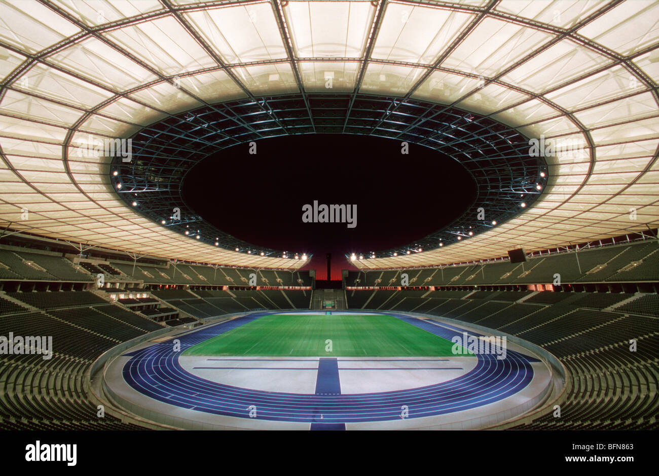 Olympiastadion by Werner March 1936. Restored with new roof structure by von Gerkan Marg Partner in 2004. Berlin. - Stock Image