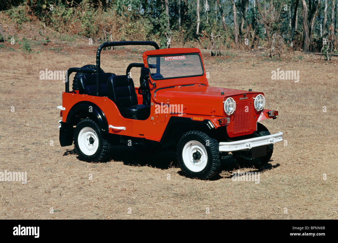 Mahindra Jeep Stock Photos Amp Mahindra Jeep Stock Images