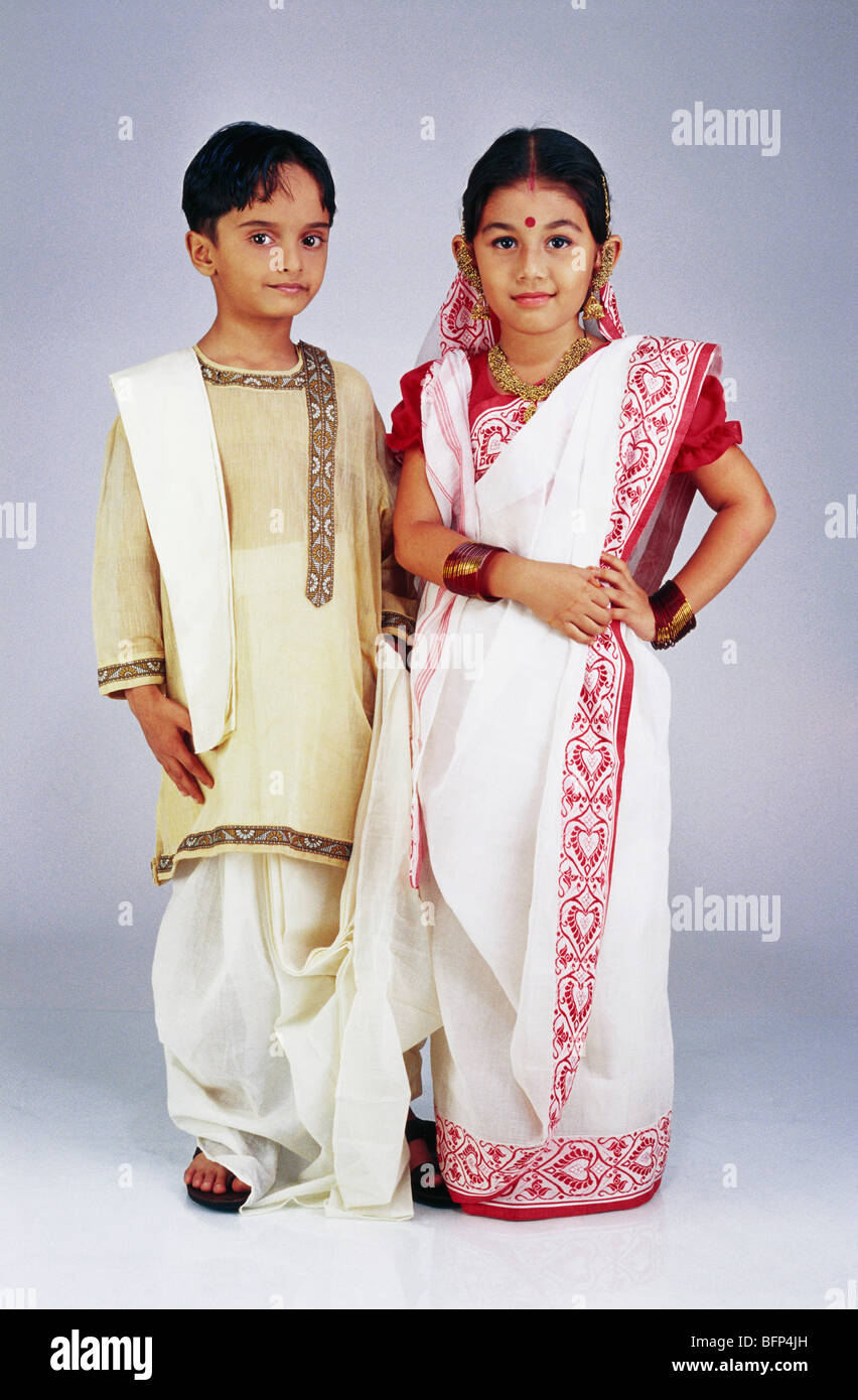 VDA 63645 : Boy and girl dressed as Bengali couple MR#502 ...