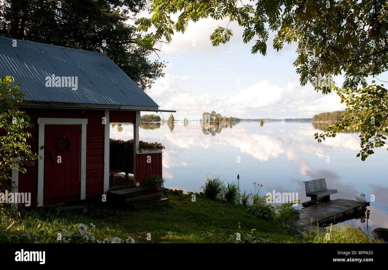Cottage by the lake in Finland
