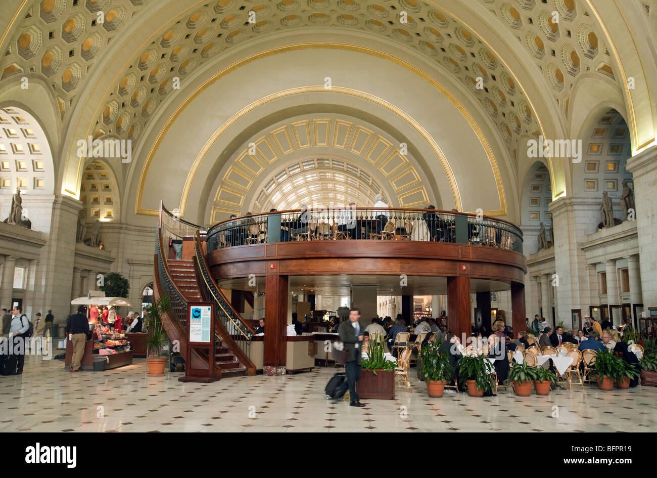 Main Hall Restaurant Union Station Washington Dc Usa Stock Photo