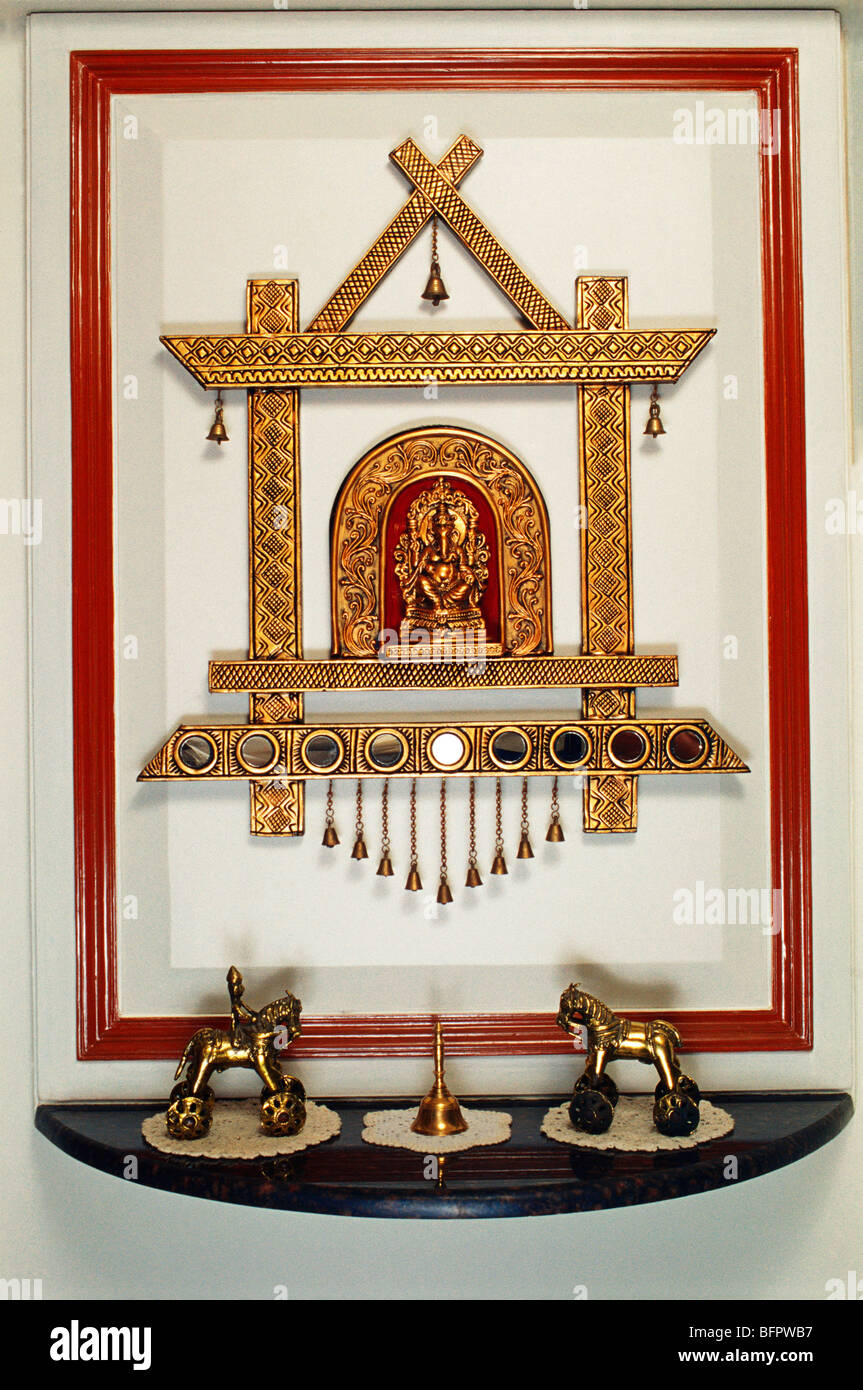 HMA 66471 : Ganesh idol with decoration in living room ; India - Stock Image