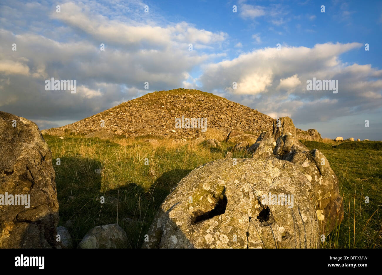Cairn T Passage Grave, Loughcrew Meagalithic Site, Slieve na Calliagh, Near Oldcastle, County Meath, Ireland Stock Photo