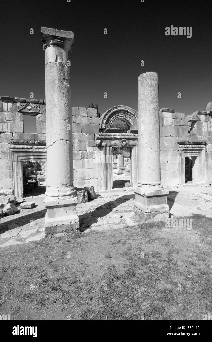Outer portico of 3rd century C.E. synagogue at Bar am ,upper Galilee Israel - Stock Image