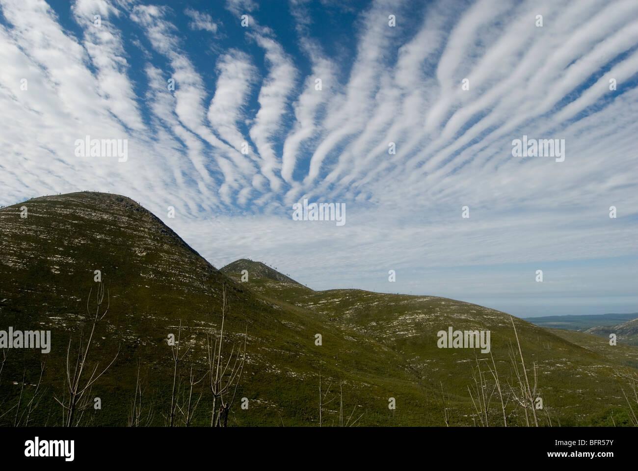 Splendid Pass on the Tsitsikama Hiking Trail with unusual cloud formation - Stock Image