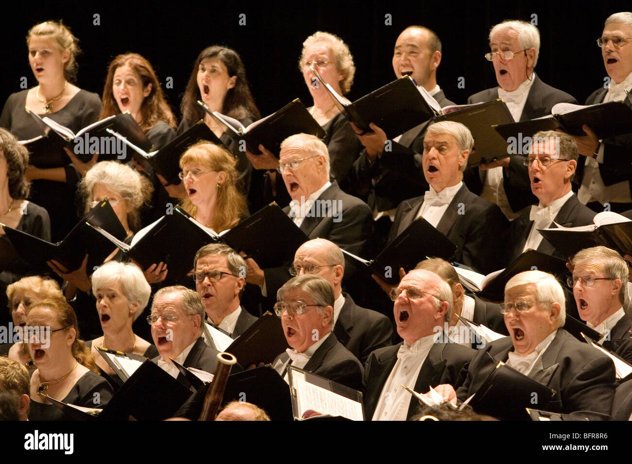 The Yale Alumni Chorus perform The Creation by Joseph Haydn at the 2007 National Arts Festival Grahamstown - Stock Image