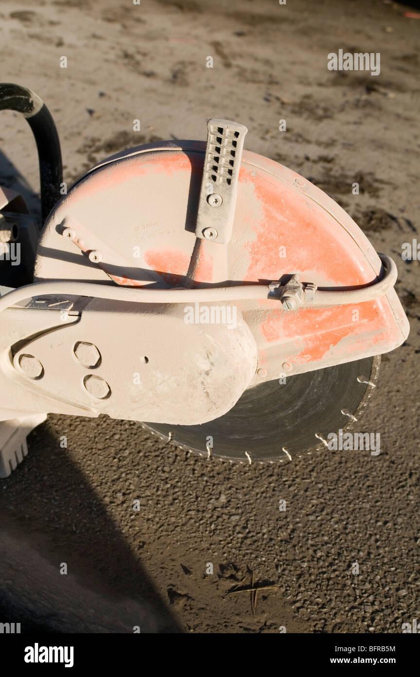 stihl saw cutting blade concrete high speed cutting wheel building builder trim modify dust noise - Stock Image