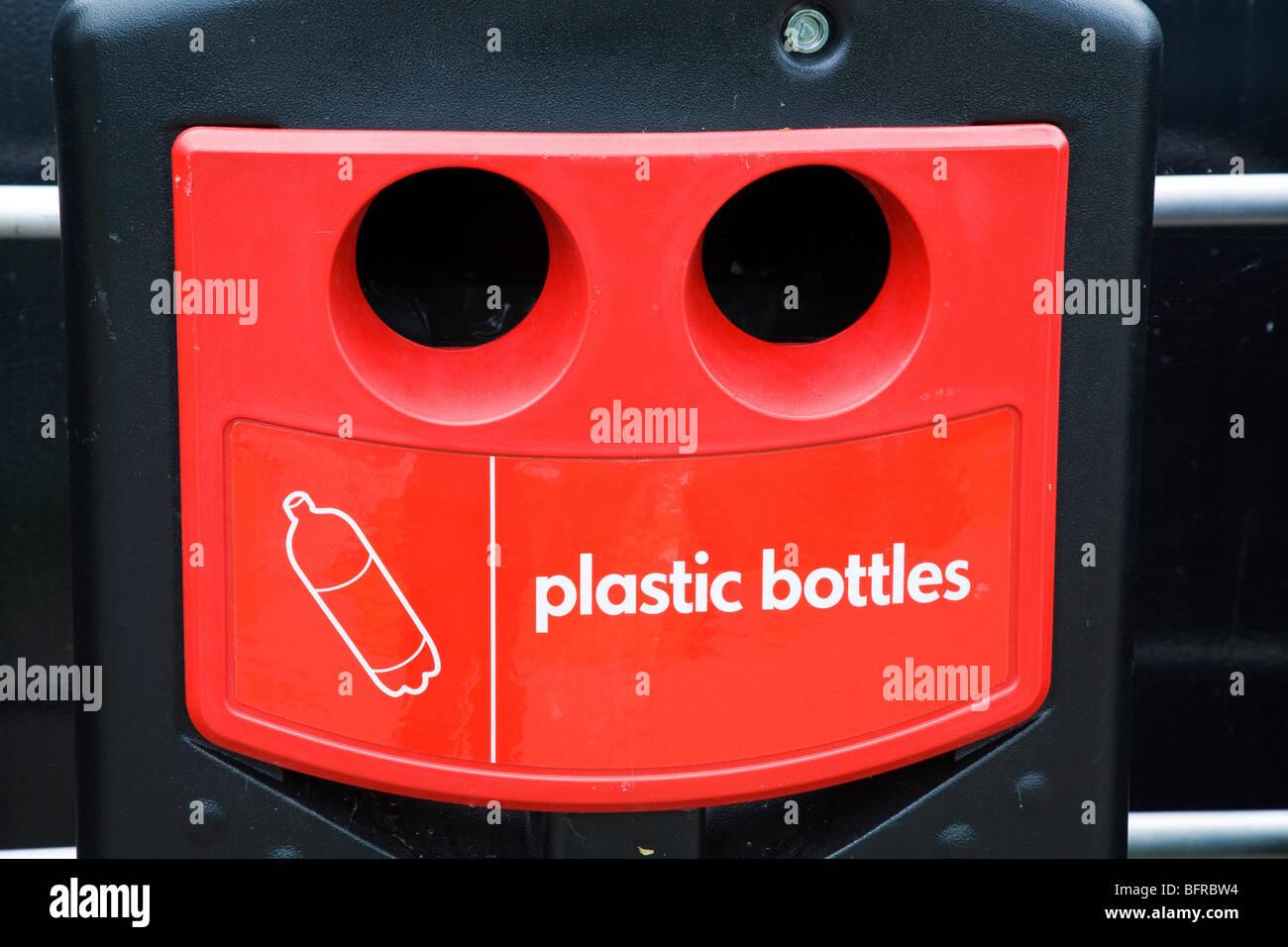 Plastic bottle recycling bin - Stock Image