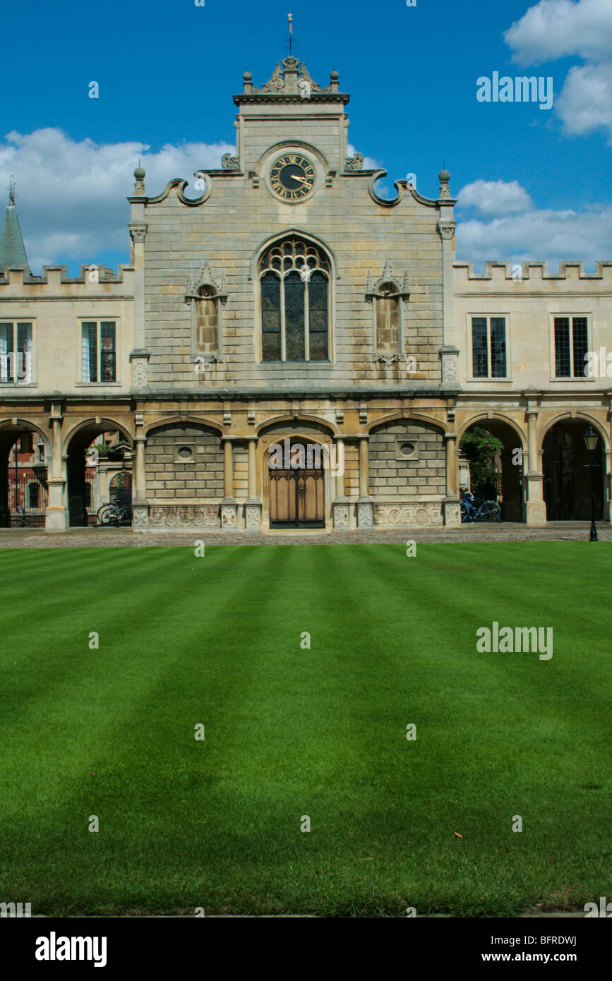 Old Court at Peterhouse College, the oldest college of Cambridge University. The building is the college chapel. - Stock Image