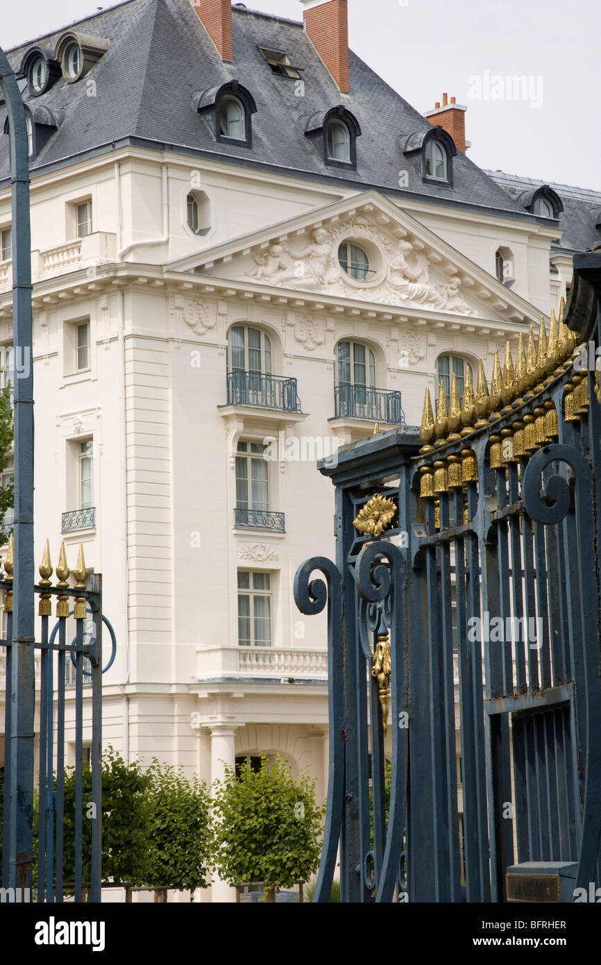 Trianon palace stock photos trianon palace stock images alamy - Hotel trianon versailles ...