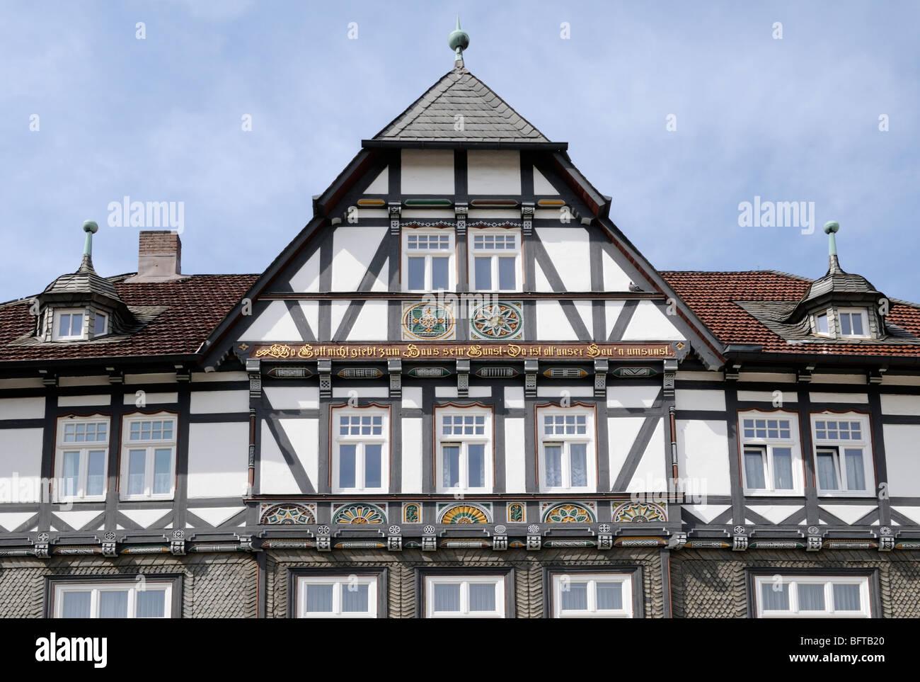 Fachwerkhaus in Goslar, Niedersachsen, Deutschland. - Half-timbered house in Goslar, Lower Saxony, Germany. Stock Photo