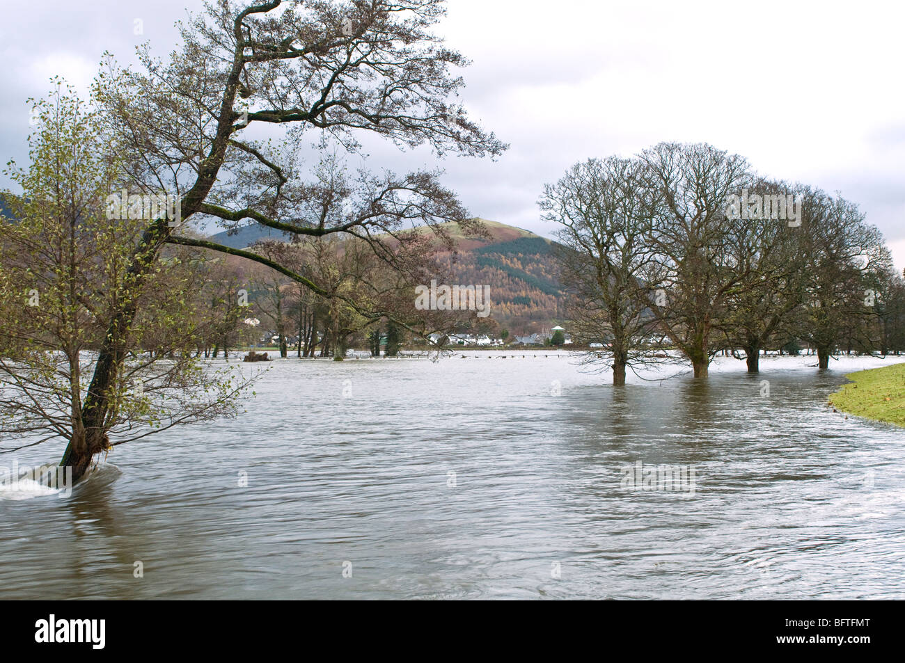 Floodwater near Keswick Cumbria during the floods of November 2009, between Bassenthwaite Lake and Derwentwater. Stock Photo