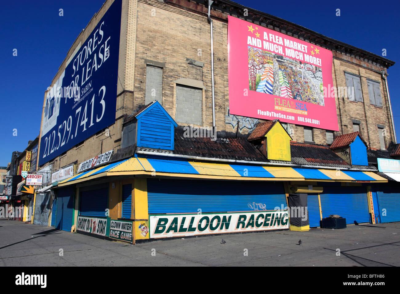 Closed arcade stands, Coney Island, Brooklyn, NY - Stock Image