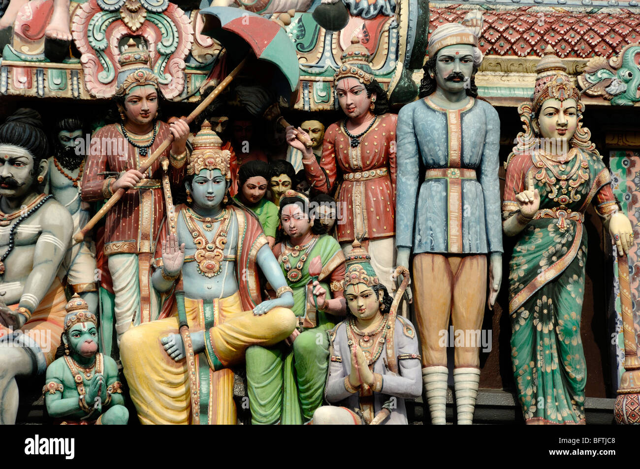 Hindu Gods or Deities on the Entrance Tower Roof or Gopuram of the Sri Mariamman Temple (f. 1827), Chinatown, Singapore - Stock Image