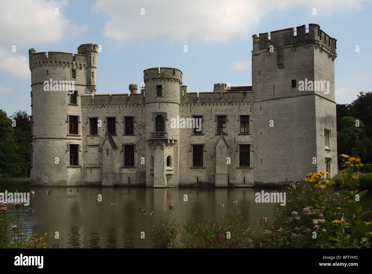 Bouchout Castle and moat at the National Botanic Garden of Belgium at Meise (near Brussels) in Flemish Brabant, - Stock Image