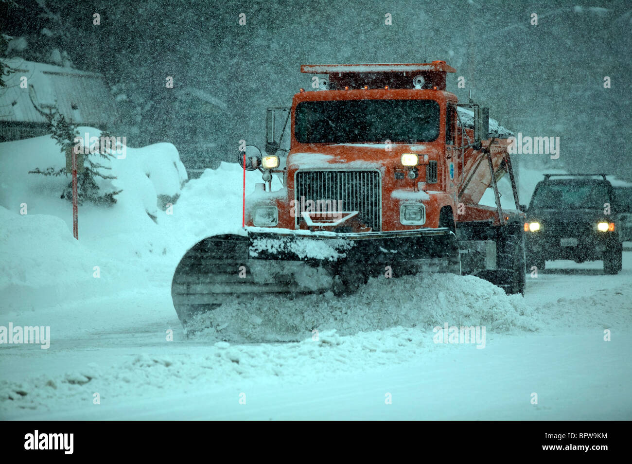 Snow ploughing in Mammoth Mountain California. - Stock Image
