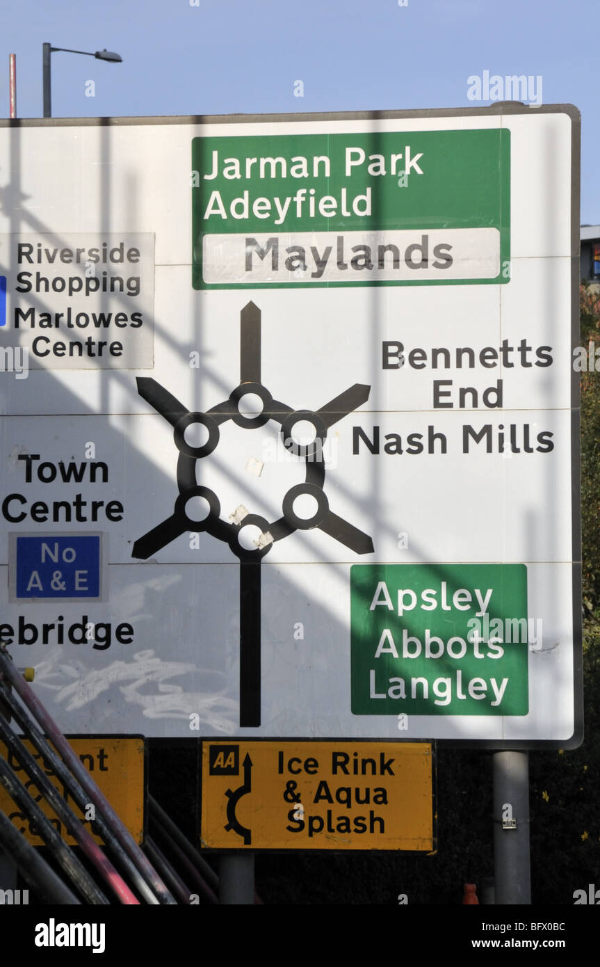 Magic roundabout traffic sign at Hemel Hempstead, UK. - Stock Image