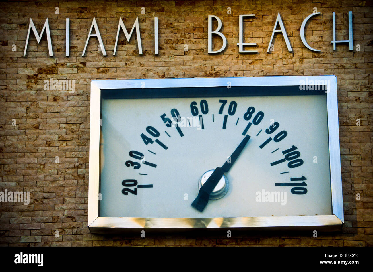 Temperature shown on the thermometer at South Beach in Miami Beach, Florida. - Stock Image