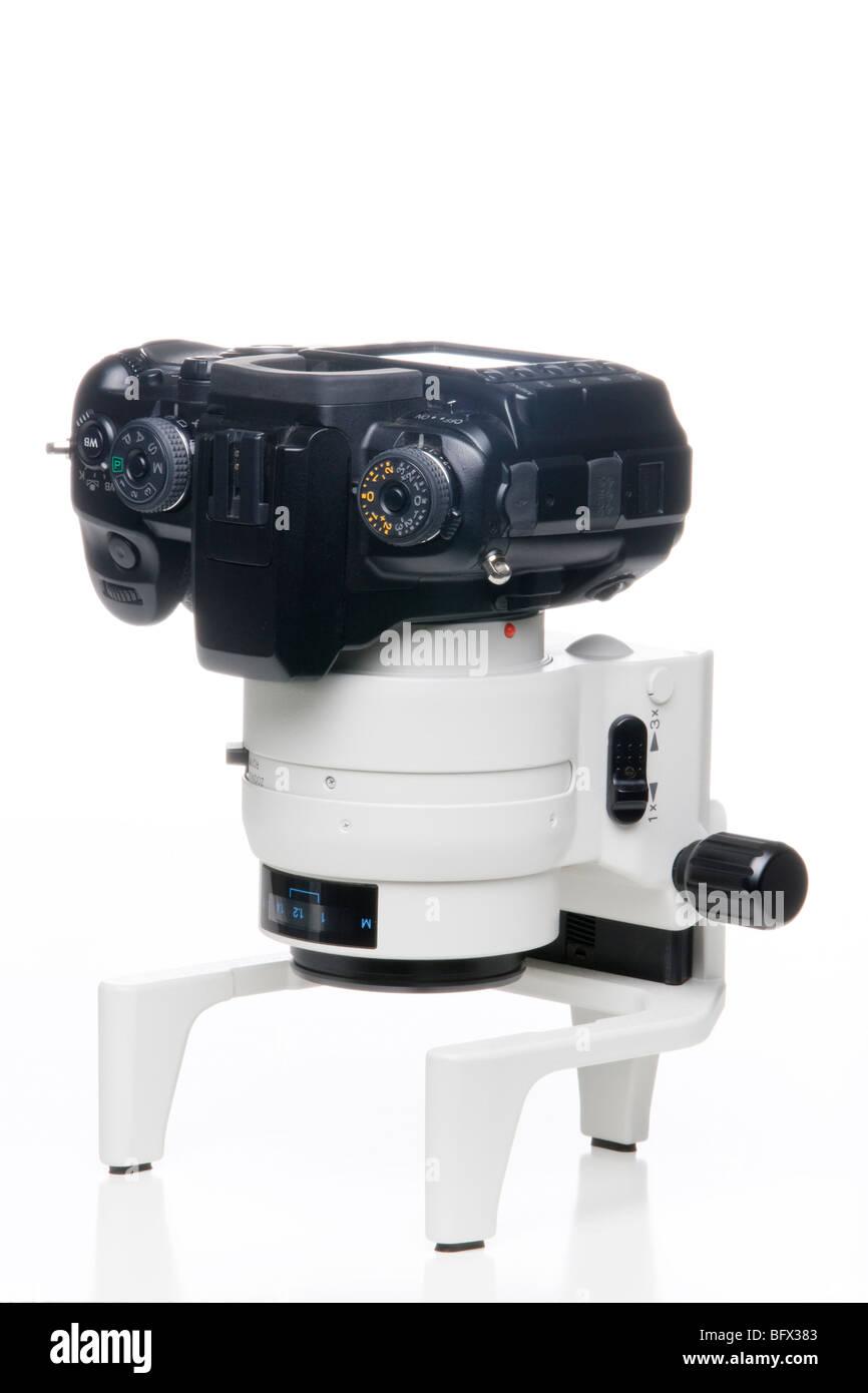 Minolta Maxxum 7D SLR with a Minolta Maxxum AF Macro Zoom 3X-1X F1.7-2.8 Lens camera photography equipment tools Stock Photo